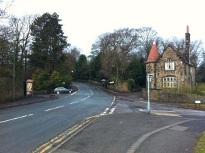 Sandygate Road, Coldwell Lane and Carsick Hill Road junction