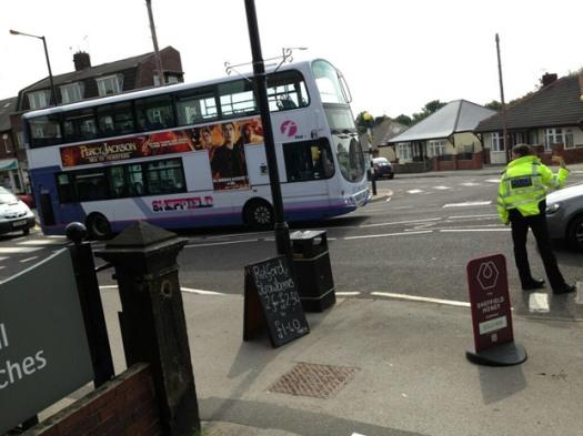 A broken down 51 bus blocked Sandygate Road this morning (photo: @Bamforths_xpool)