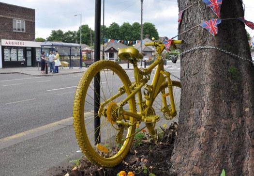 Spot the yellow bike in Crosspool!Spot the yellow bike in Crosspool!