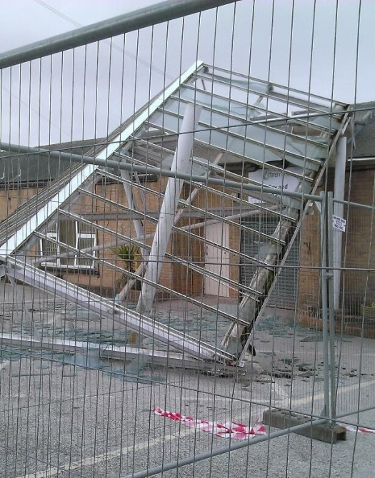 Claremont hospital roof collapse