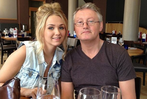 Emma Sheehan will take part in the 13-mile race through the streets of Sheffield on 10 April after losing her dad to cancer